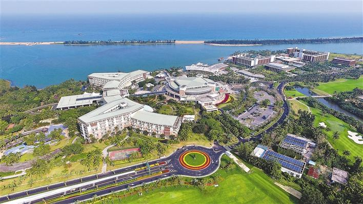 无人机航拍的海南省琼海市博鳌镇的博鳌亚洲论坛国际会议中心