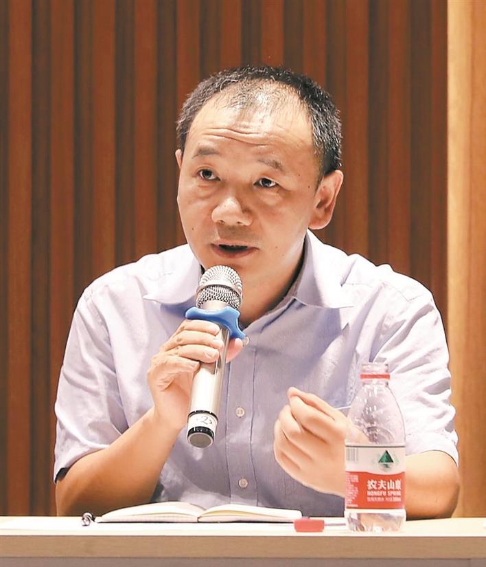 科学家企业家是深圳腾飞的双翼
