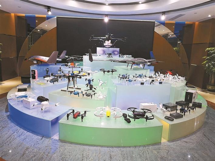 """高巨创新:打造无人机""""梦工厂"""""""
