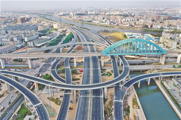 深圳:六成投资重大项目与民生相关